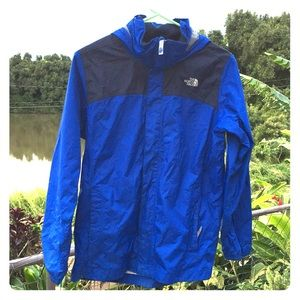 The north face boy's wind shell size large 14-16